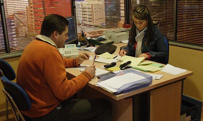 Frutas Lugo Oficina y empleados